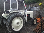 David Brown 880 Tractorwith Cab for Sale